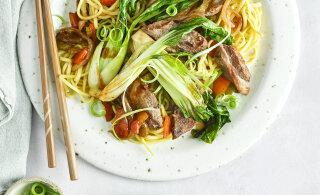 15 MINUTI ROOG | Kiirpraadida saab liha, kala ja köögivilju. Lisa keedetud riisi või pastat ja hea soe toit ongi valmis!