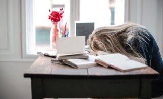 Школьная медсестра: у школьников постоянный недосып