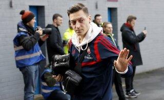 Londoni Arsenal tühistas Mesut Özili megalepingu, maailmameister siirdub Türki