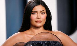 KUUM KLÕPS | Kylie Jenner näitab seksikat bikiinifotot