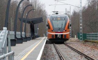 Elron уплотнит через месяц расписание поездов в западном направлении