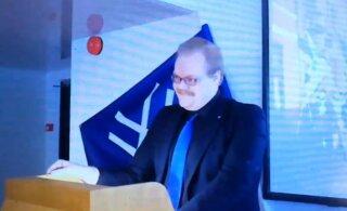 """ВИДЕО: """"Истинный финн"""" на организованной молодежным крылом EKRE конференции в Таллинне назвал себя фашистом"""