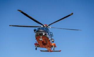 В районе Вормси в море упал капитан парусника. В поисках задействован вертолет