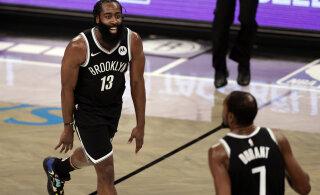 VIDEO | Harden ja Durant kombineerisid Netsi võidumängus 64 punkti, Warriorsi lõpuspurt murdis Lakersi