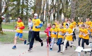 Jaan Martinson: hull maailm - spordipäeval tuleb joosta kinnisilmi, sest muidu nähakse, kes jääb viimaseks