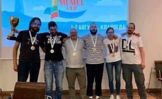 """Эстонская команда выиграла первый после карантина международный турнир по """"Что? Где? Когда?"""""""