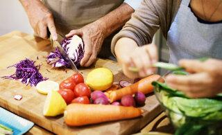 Milliseid aineid peavad seeniorid toiduga kätte saama, et püsida viiruste hooajal terved?