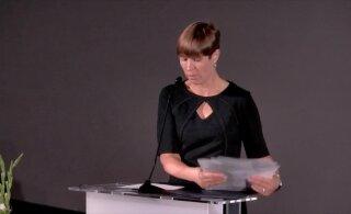 ВИДЕО | Дешево и сердито! В конце своей речи Керсти Кальюлайд раскрыла, сколько стоит ее платье и где оно было куплено