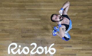 Dopinguminevikuga tõstmise Rio olümpiavõitjat süüdistatakse uriiniproovide vahetamises