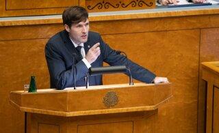 Arstide liit: Martin Helme väljaütlemised on sobimatud! Ta võlgneb naistearstidele vabanduse