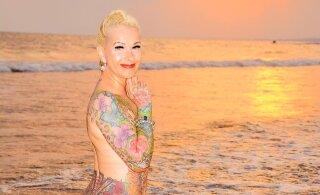 ФОТО | 55-летняя немка потратила 30 тысяч евро на татуировки