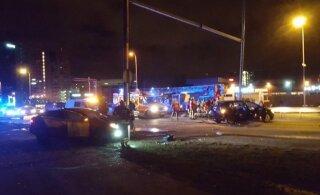 В аварии на Ярвевана теэ в новогоднюю ночь пострадали дочь и зять главы M.V.Wool