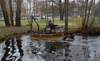 ФОТО и ВИДЕО | Пруд парка Левенру под угрозой из-за донных отложений