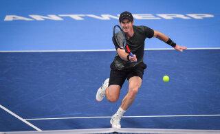 Andy Murray pääses kaheaastase vaheaja järel ATP turniiril poolfinaali
