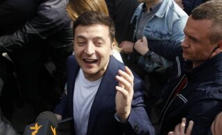 ФОТО и ВИДЕО: На Украине прошли выборы. Новым президентом, по данным экзитпола, становится Зеленский