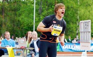 ВИДЕО: экс-чемпион мира Вярник зажег костер броском копья