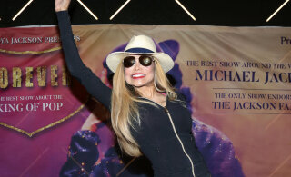 KLÕPS | Häiriv vaatepilt: Michael Jacksoni õde näeb tänu iluoppidele välja nagu popkuninga kaksik