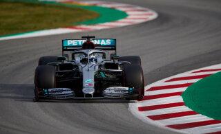 Mercedes jäi Barcelona testisõitudel löömatuks, kuid Hamilton kardab jõuallika pärast