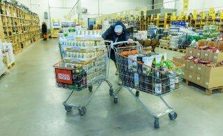Латвийские магазины зазывают покупателей из Эстонии, но власти недовольны: 12 часов даются на транзит, а не на покупки!