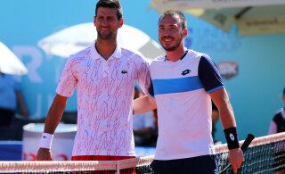 Djokovic hakkas toetama võitlust koroonaviiruse vastu