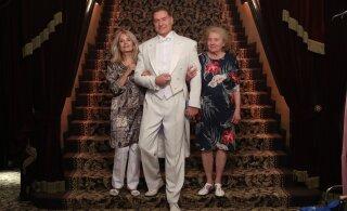 FOTOD | Ülikonnad, lokid ja sädelevad kleidid! Vaata, kuidas möödus Mart Sanderi suursugune sünnipäev