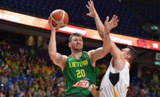 NBA play-off'ideks valmistuv San Antonio Spurs palkab leedulase