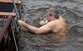 ГЛАВНОЕ ЗА ДЕНЬ: Трагедия в Кохтла-Ярве, крещенские купания и таинственный лимузин