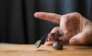 ГРАФИК: Какие фирмы сообщили в июле о массовых сокращениях