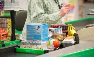 Жители Литвы в панике сметают продукты с прилавков