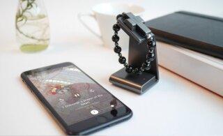 Vatikani katse noorteni jõuda - äpiga varustatud digipalvehelmed