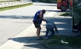 ФОТО: В Германии эстонский водитель фуры сел за руль подшофе и совершил аварию