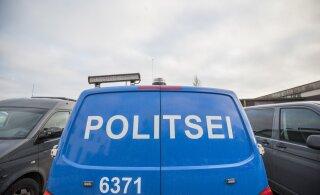 ВИДЕО: Близ Тартуского аэропорта столкнулись два автомобиля