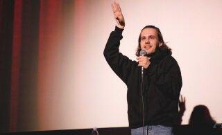 ФОТО | В Таллинне состоялся концерт российского комика Александра Долгополова