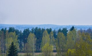 FOTOD | Häirekeskus saab murelikke kõnesid! Eesti kohal on suitsuvine, PPA lennuk uurib selle põhjuseid