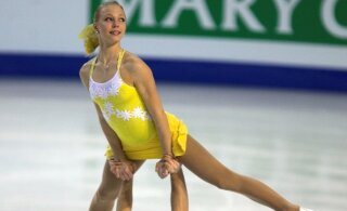 FOTOD | Paljastavate piltidega silma paistnud Eesti olümpiasportlane lööb laineid Hollandi tõsielusaates