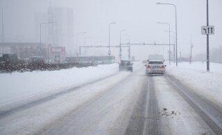 HOIATUS | Laupäeva hommikul saabub Eestisse lumetorm ja teed muutuvad libedaks