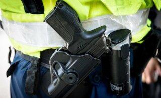 ВИДЕО: В Тарту бесправный нарководитель пытался скрыться от полиции: в ход пошло оружие