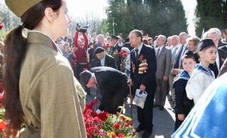 В Латвии Нацблок хочет запретить пенсионерам носить военную форму СССР 9 мая