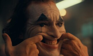 "TREILER   Joaquin Phoenixi ""Jokker"" toob naeratuse näole"