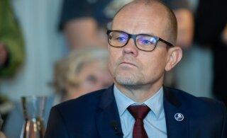 Директор канцелярии президента получил премию в размере 4400 евро
