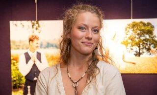 KAUNID KLÕPSUD | Henessi Schmidt tähistas sünnipäeva omapärasel moel: minuga koos mu ingel-nõiad