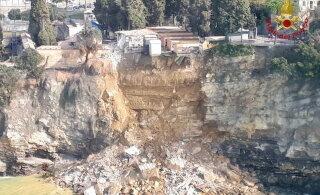 Страшный сон: в Италии сотни гробов обрушились в море из-за оползня