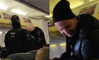 "В самолете молодой мужчина без маски приставал к пассажирам: ""Тетенька, никакого ковида нет"""