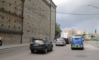 Tallinna kesklinnas jäi laps auto alla