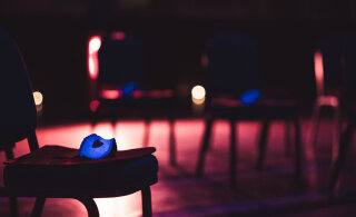 Опера в темноте