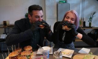 СОЧНОЕ ВИДЕО | Владимир Свет и Алина Захарова продегустировали новый бургер из растительного мяса