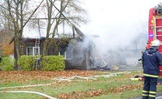 ФОТО: При пожаре в частном доме погиб ребенок