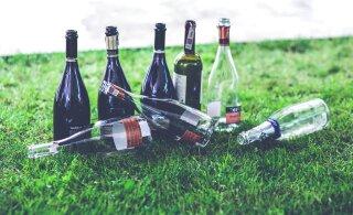 Karsklased kurdavad sõprade üle, kes nende otsust alkoholist loobuda ei mõista: kainena rikkuvat ma kõigi tuju ära!