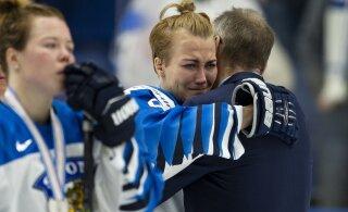 Soome jäähokiliit tegi MM-il ebaõiglaselt kullata jäänud naiskonnale ilusa žesti