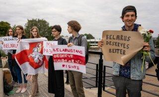 ФОТО | В Тарту прошел митинг в поддержку жителей Беларуси